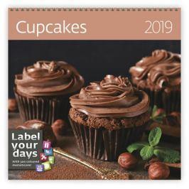 Kalendář nástěnný 2019 - Cupcakes